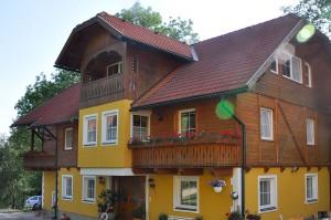 Das Haus mit den Ferienwohnungen