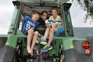 Beim Traktorfahren
